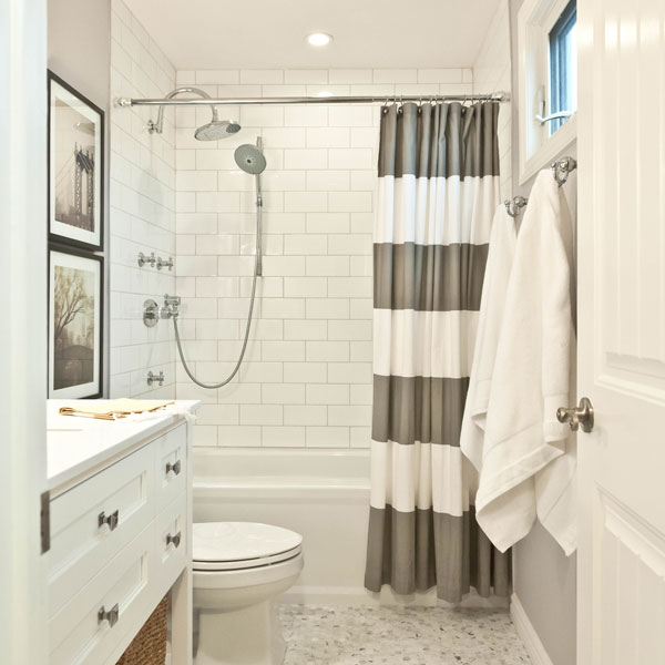 Friday Favorites 10 Incredibly Beautiful White Bathrooms