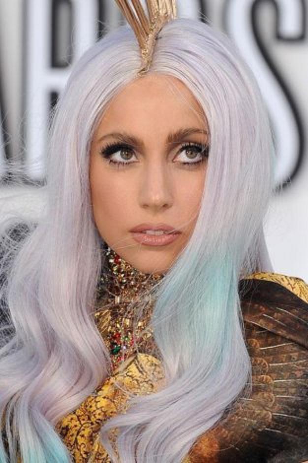 Gaya Make Up Unik Ala Lady Gaga