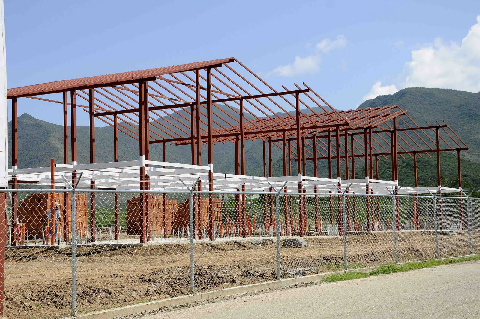 Sol de margarita 872 casas construir poder popular de - Estructuras metalicas para viviendas ...