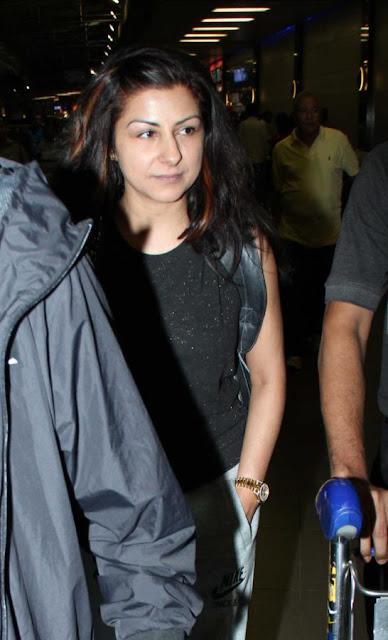 Neha Dhupia leavers for TOIFA - Day 3
