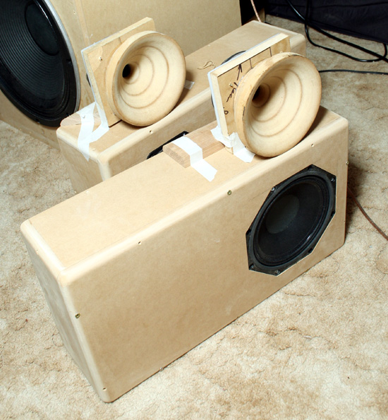 Desain Box Speaker 18 Newsviva