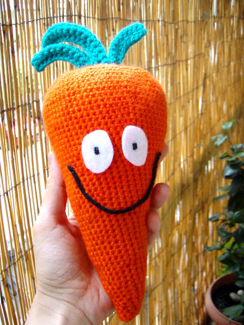KAPOTO...CARROT...CAROTA...CAROTTE...KAROTTE...ccrochet toy
