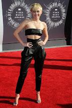 Miley Cyrus MTV Awards 2014