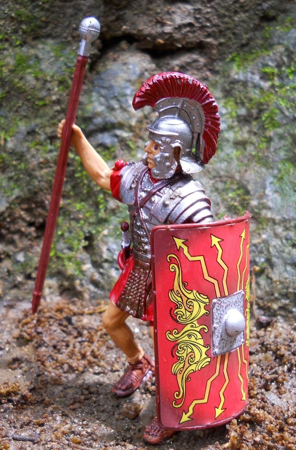 figura de lrgionario romano con pilum