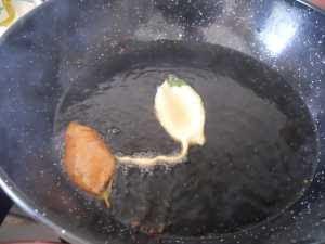 Freír los paparajotes.