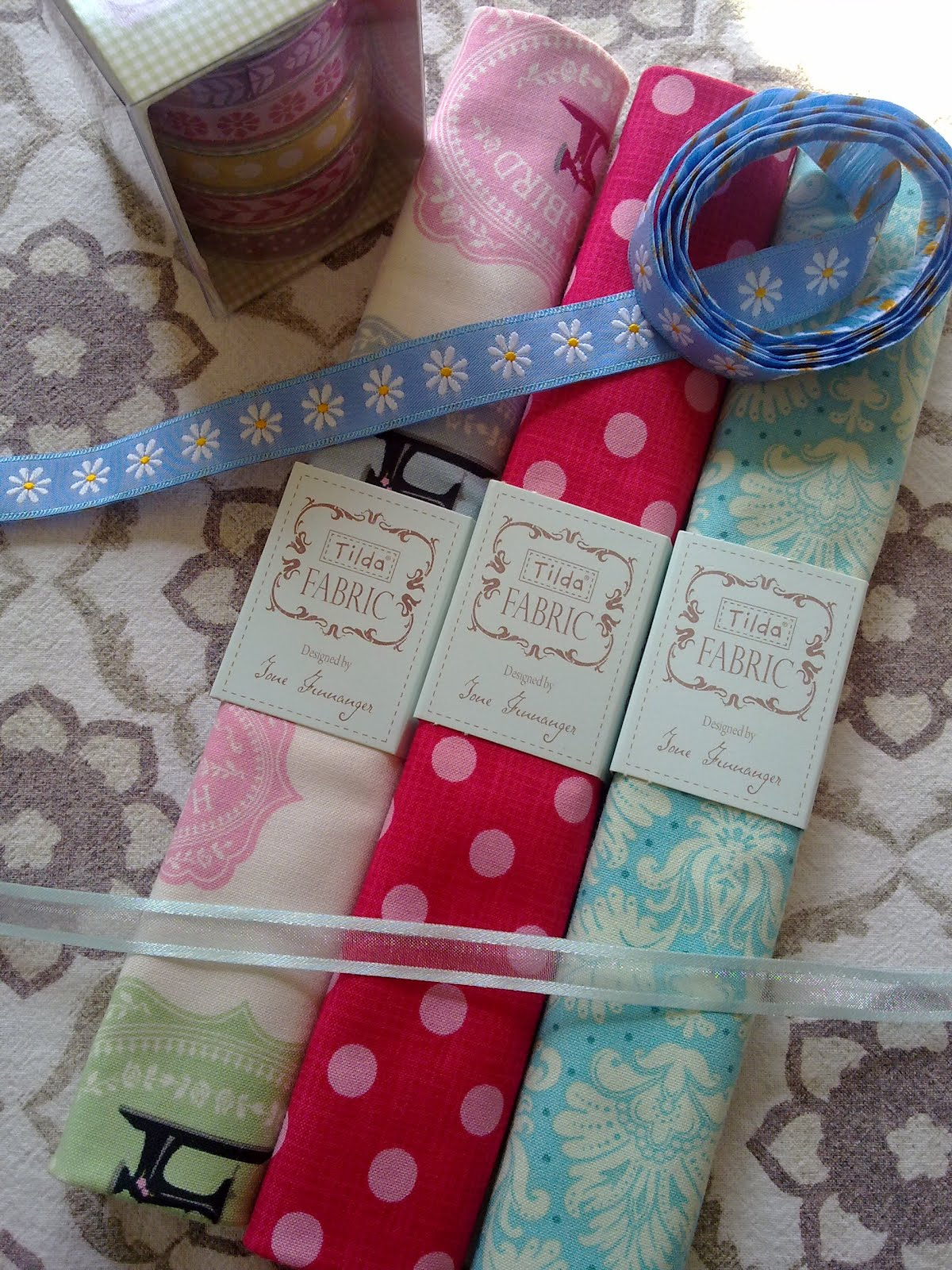 El jard n de kipuruki tengo nuevas telas y estampados de - Telas terrassa ...