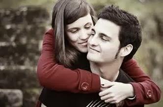 في الفلانتين .. إليك أفضل 10 طرق لقلب الرجل  - valentines happy couple man woman romantic
