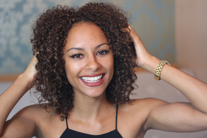 Tag: mixed chicks hair. Biracial Hair Care: 4 Night time Curly Hair Routine Tips. Night time can make or break a hairstyle when it comes to curly hair. With many rules to abide by, preparing your hair for sleep is a routine all in itself.