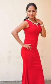 Vrushali Gosavi Stills At Vaadu Nenu Kadhu Movie Launch 22.jpg