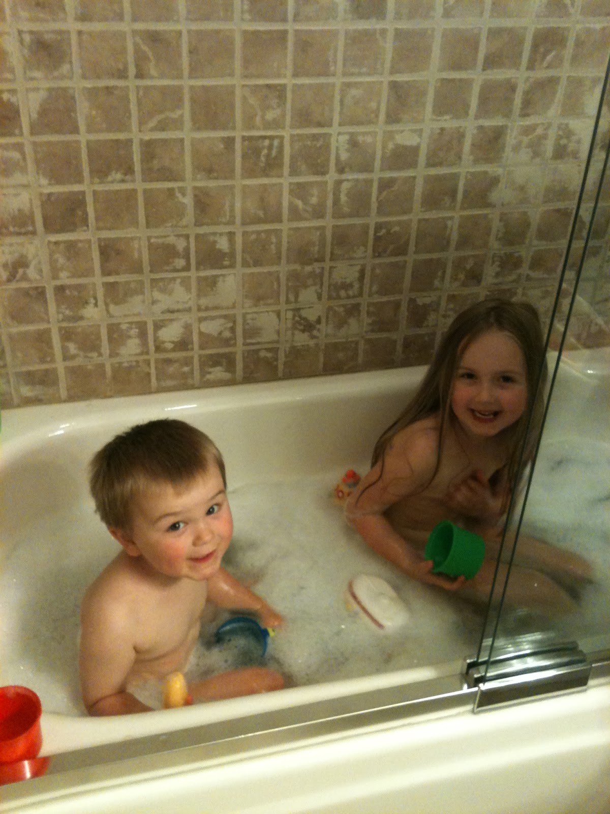 Big Sister, Middle Mister & Baby Sister: Bubble bath and park