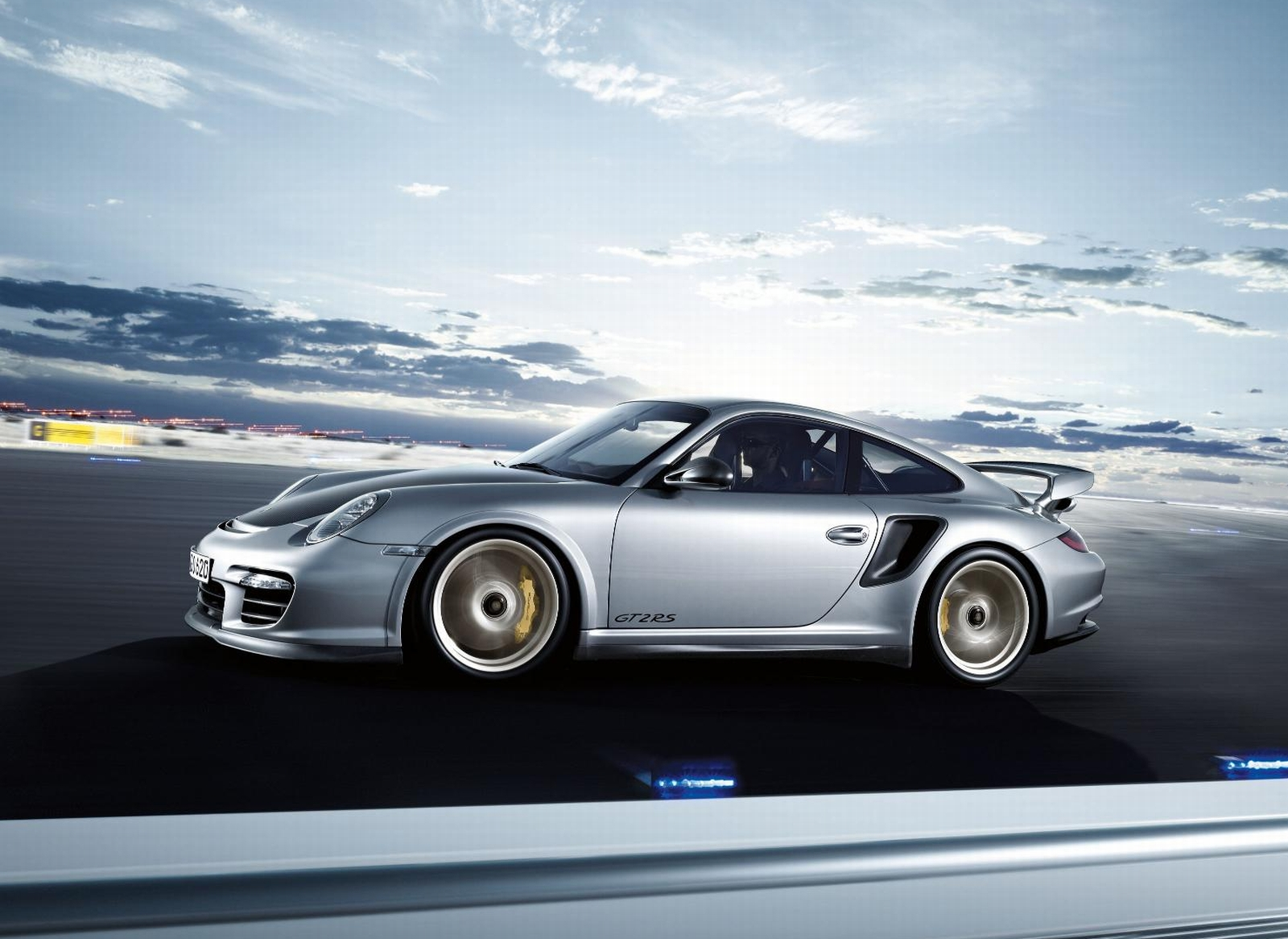 porsche 911 gt2 1600x1200 wallpaper car hd wallpapers prices review. Black Bedroom Furniture Sets. Home Design Ideas