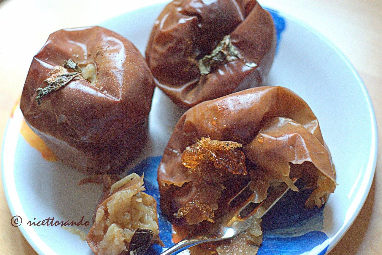 Mele cotte nel biscotto prepariamo le mele cotte a forno