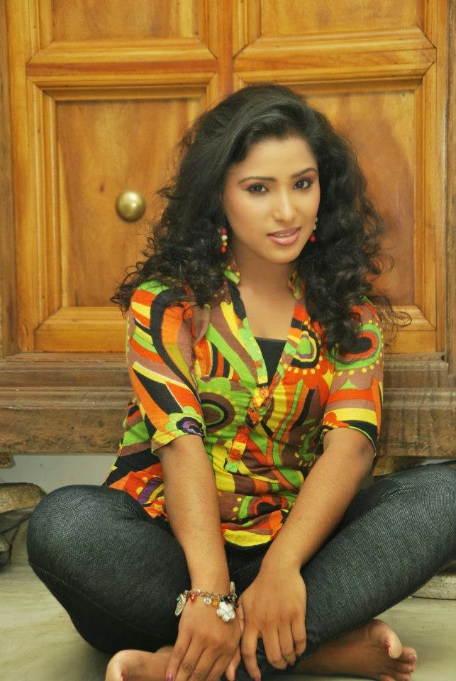 Yureni Noshika   Gossip - Lanka News Photo Gallery   Most