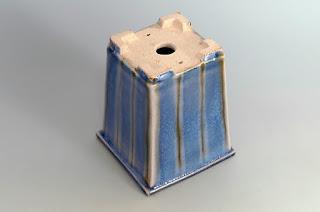 0121-下絵付透明釉正方懸崖盆栽鉢|國井正子盆栽鉢のベストセレクション