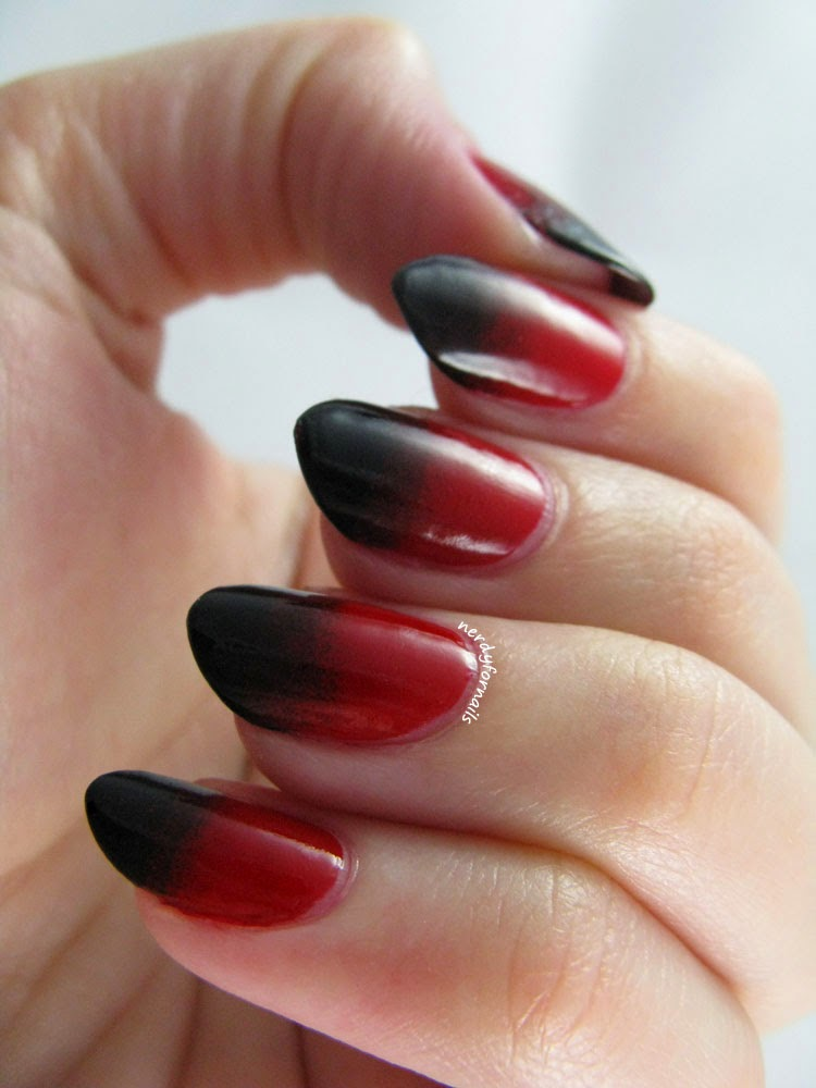 Red and Black Vampy Gradient Halloween Manicure