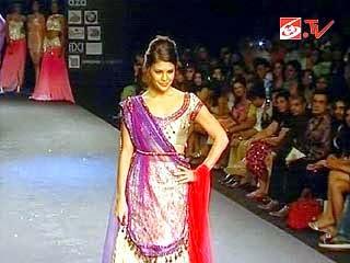 Foto Model Baju Kebaya India