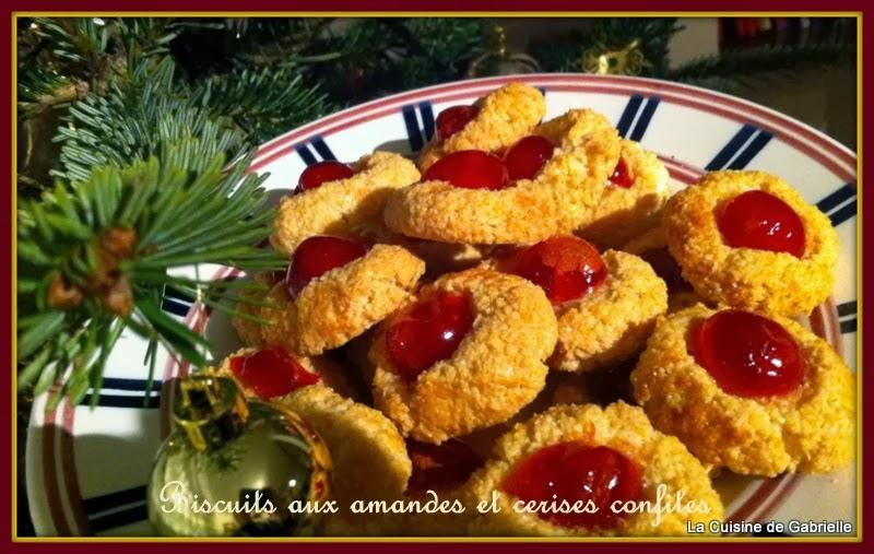 La cuisine de gabrielle petits biscuits aux amandes et cerises confites - La cuisine des petits ...