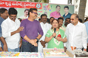 Naresh Birthday Celebrations-thumbnail-10