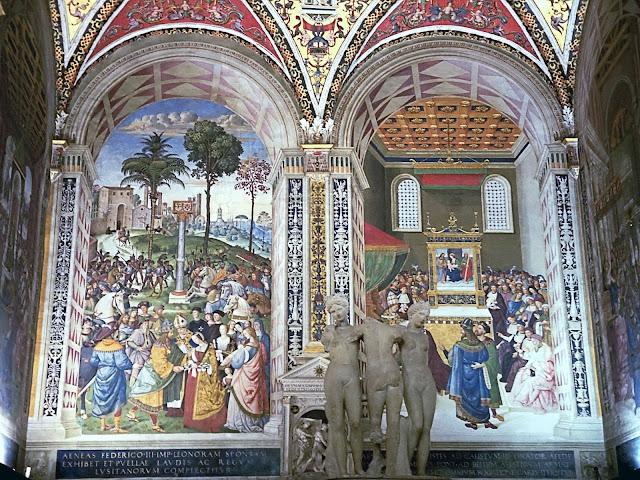 la libreria, affreschi e statua dell 3 grazie