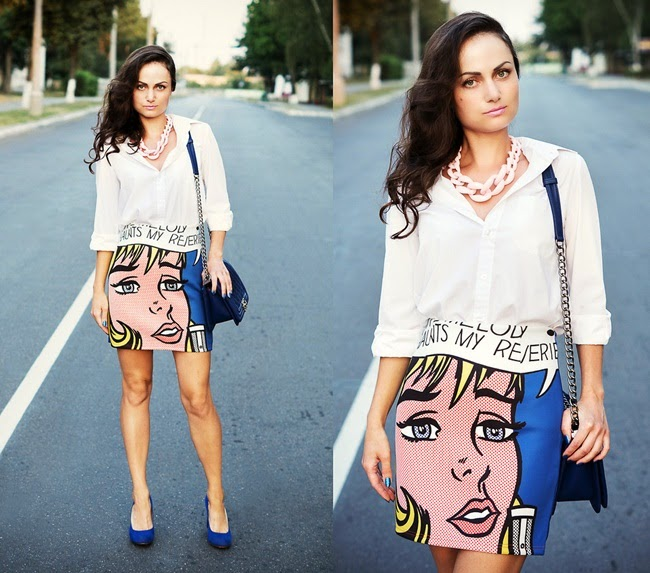 Front Row Shop Blue Mini Skirt in Comics Print