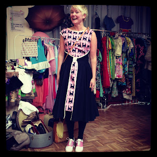 Marshmalllow Electra kattklänning Vintagemässan Swedish Hasbeens