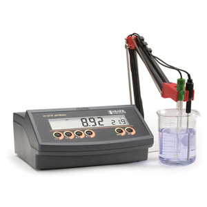 Basic pH Benchtop Meter