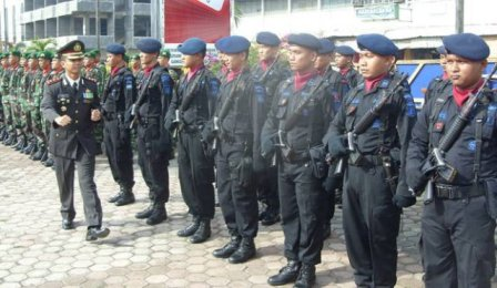 """KAPOLRESTA P.SIDIMPUAN """"POLRI DAN TNI DUA PILAR YANG TAK TERPISAHKAN"""""""