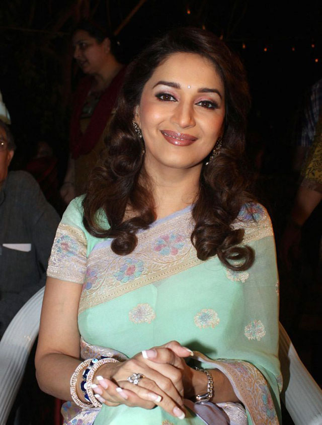 , Madhuri Dixit in Saree at Hamara Juhu Festival