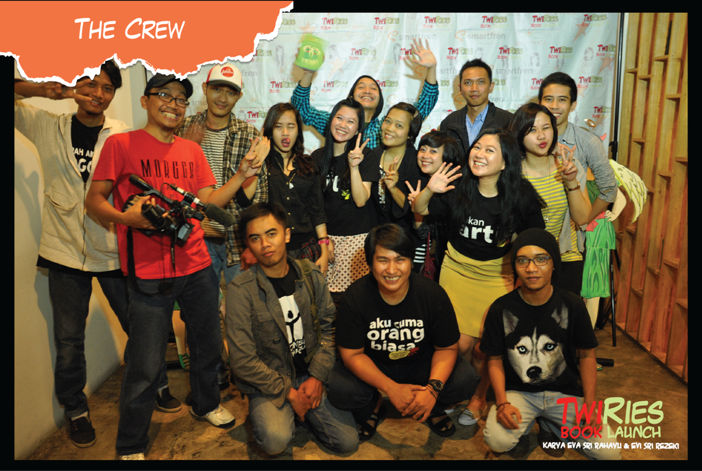 Crew Epic dan pengisi acara TwiRies book launch
