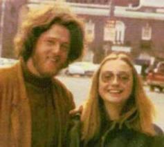 Bill Clinton nacido en el tercer decanato de leo