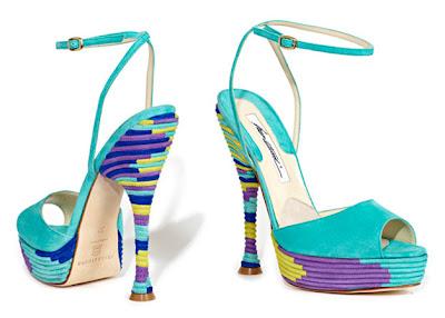 17 bright Босоніжки: прикраса для жіночих ніжок