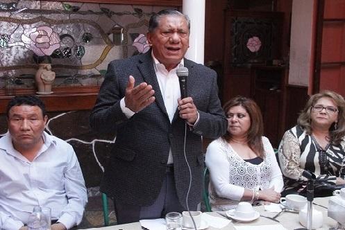 Chucho Morales también quiere, pero...