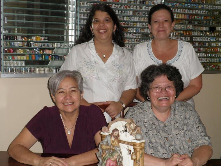 REUNION EN COSTA RICA, COLECCIONISTAS DE DEDALES: ARLETTE, ALE, ESMERALDA Y VERA