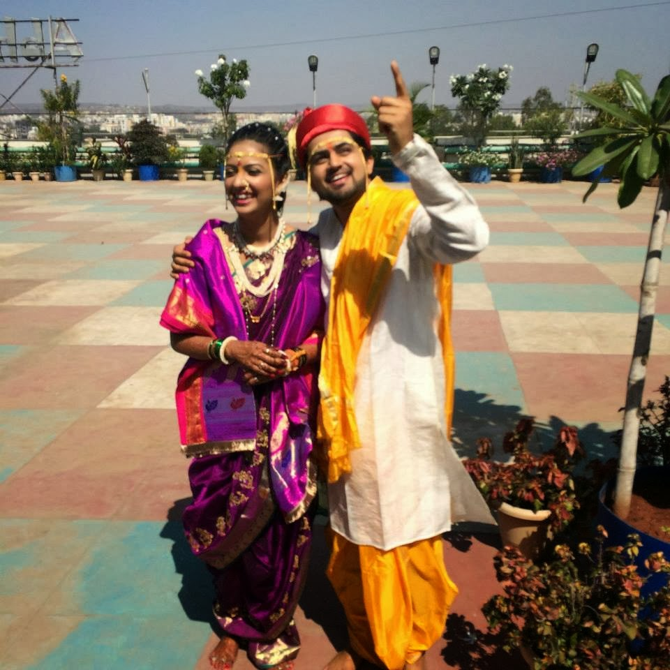 photo tejashri pradhan shashank ketkar marriage photo tejashri pradhan