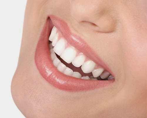 How To Get A Whiter and Brighter Smile - Affordable and Effective Methods