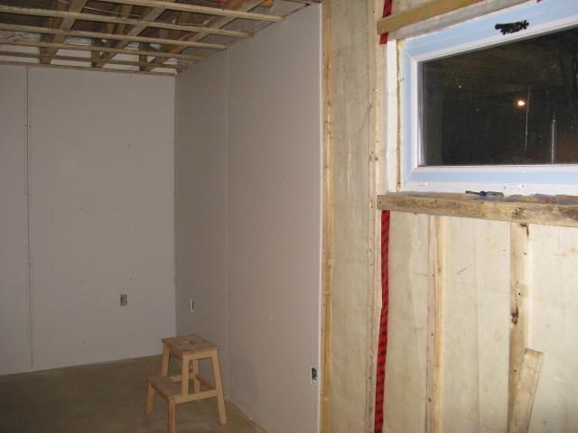 Notre maison chambre au sous sol for Chambre au sous sol