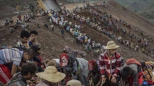 myanmar-landslide-2015-jade-mine