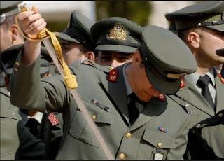Σοκ στη Χαλκίδα:Αυτοκτόνησε Υπολοχαγός του Ελληνικού Στρατού και πατέρας δυο παιδιών για οικονομικούς λόγους