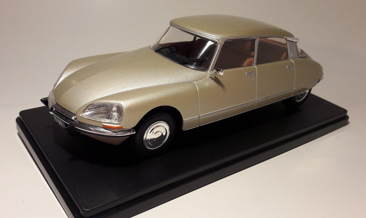 diecast book cars 1 24 auto vintage collection france. Black Bedroom Furniture Sets. Home Design Ideas