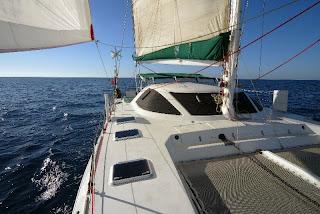 Louez votre embarcation type catamaran