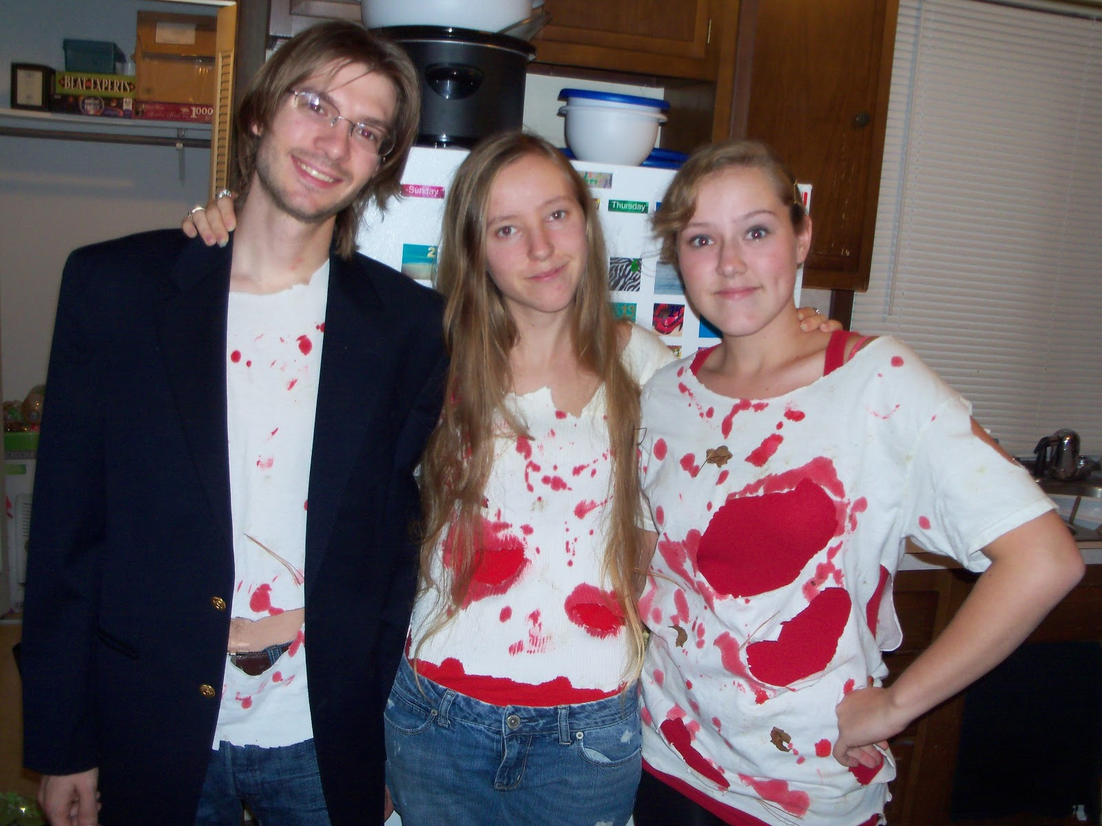 Amber's Craft a Week Blog: Three Cheap and Easy Halloween Costume ...