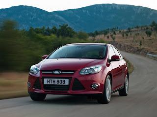 2012-Ford-Focus-14