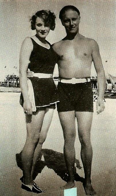 Historia de la Moda y los Tejidos: Historia del bañador