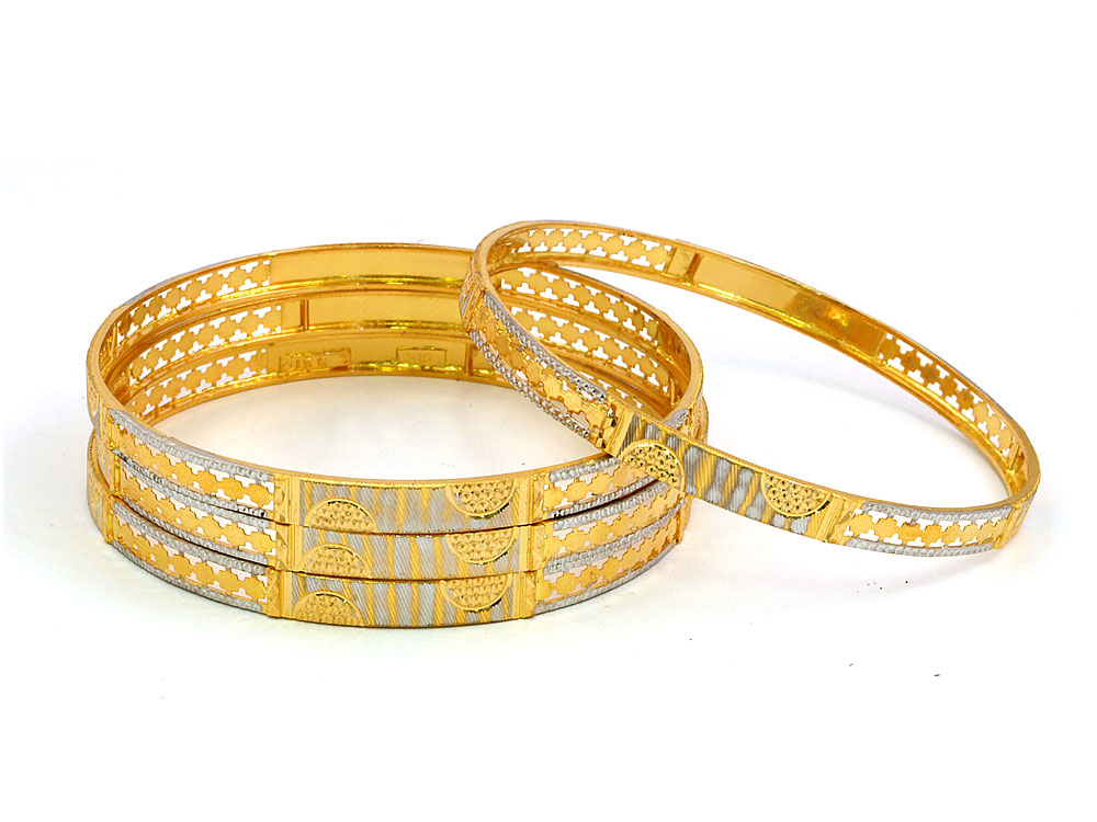 Valentine\'s Day Roses: Gold Bridal Bangles Design New and Latest ...