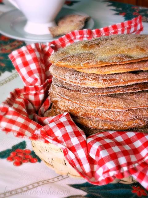 Flour Tortilla Cinnamon Buñuelos - lacocinadeleslie.com