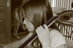 Anna: Violoncel