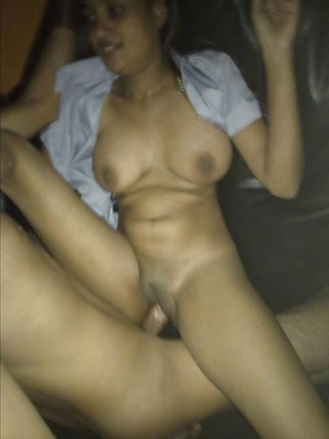 Desi Cute Couple Nude Pictures   nudesibhabhi.com