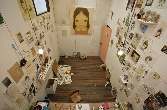 Workspaces Of The Greatest Artists Of The World (38 Pictures) - Yoshitomo Nara, artist