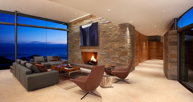 Picture of the living room with the ocean view and the hallway leading to the living room