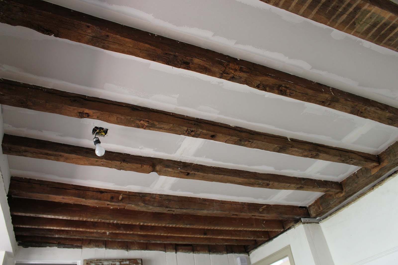 That 39 s my letter ceiling makeover how to expose wood beams for How to add beams to a ceiling